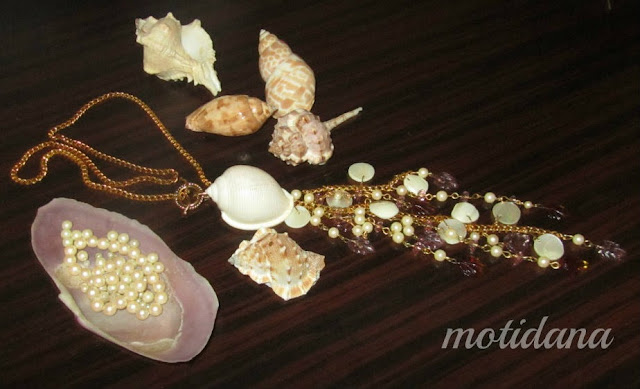 mother of pearl ,classic jewellery , vintage
