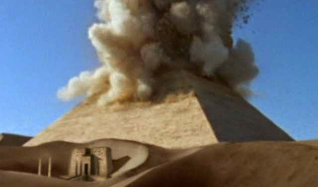 ISIS  Call For Demolition Of Egypt's Sphinx and Pyraminds