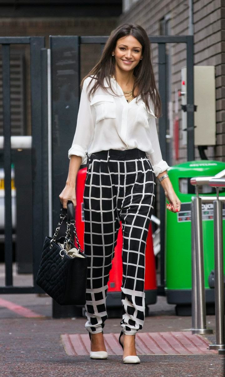 Michelle+Keegan+Looks+Gorgeous+(7) Michelle Keegan Looks Gorgeous at Outside ITV Studios, London