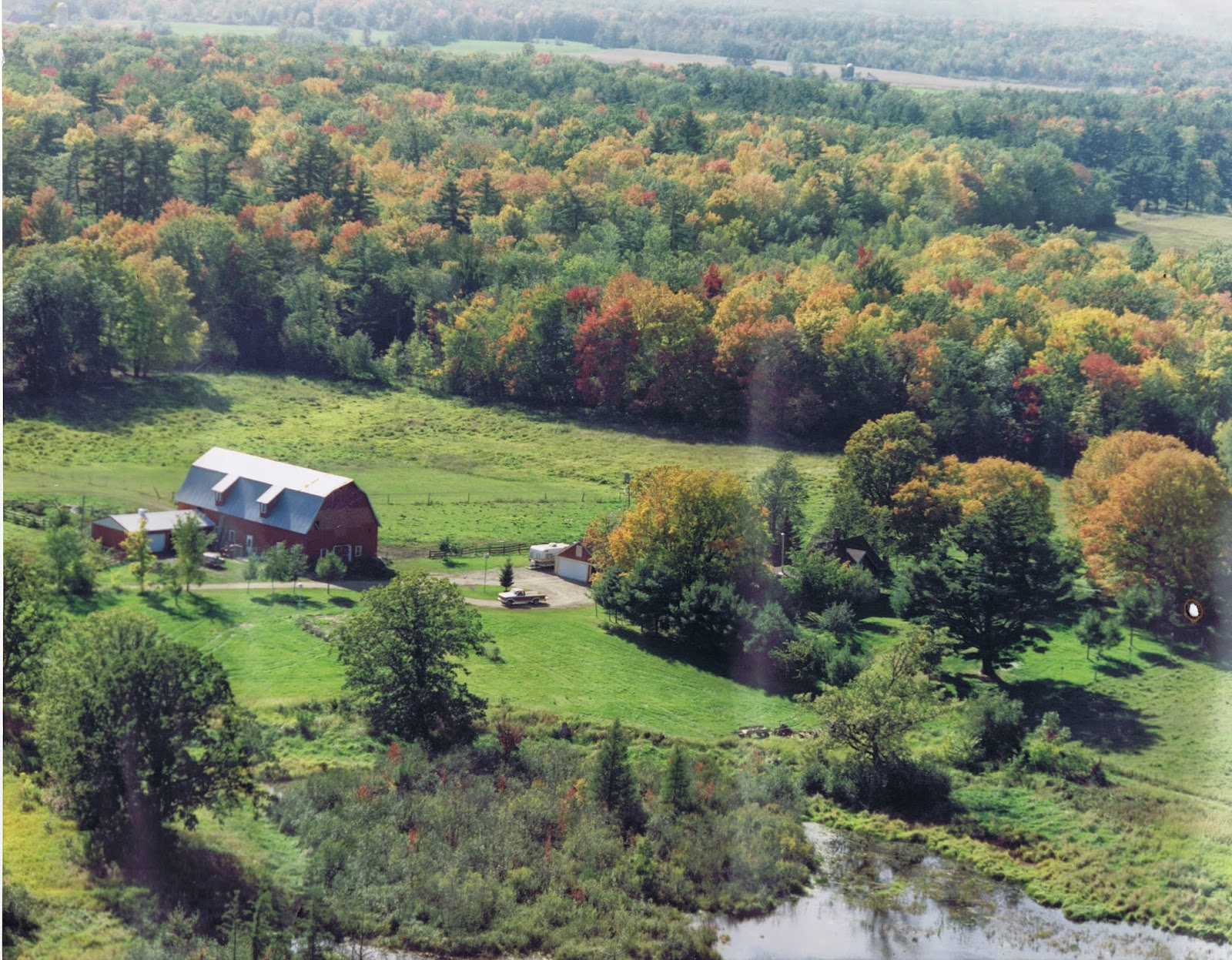 aerial view of Northern Heritage Farm in the mid-1990s