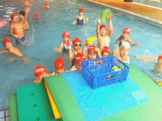 Colegio santa gema galgani educaci n infantil for Que hacer en la piscina