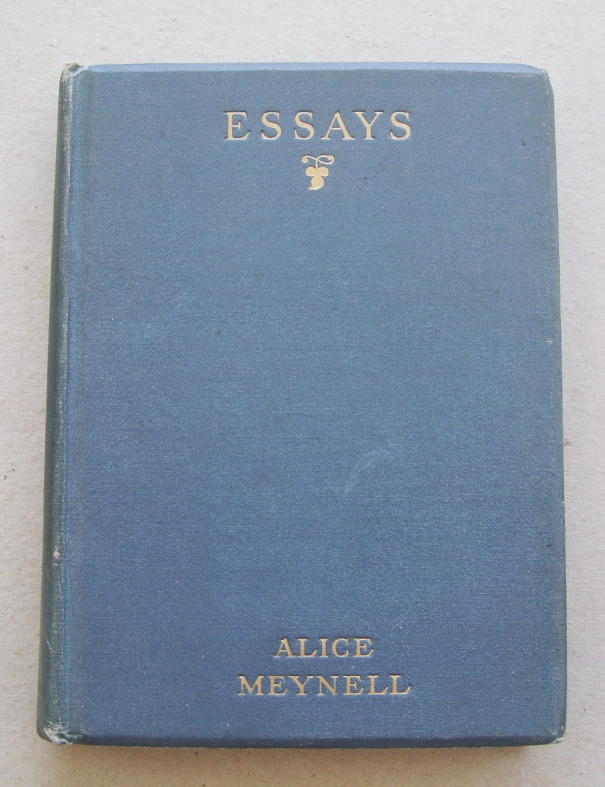 essays about sentimental things Group rules sentimental things is a group about things that are non-living objects that have sentimental value to you, not monetary value (although they could be both.