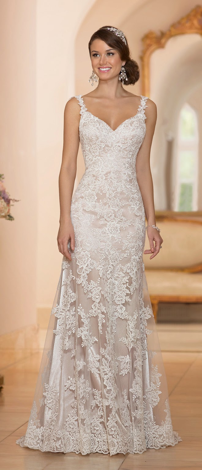 Stella york spring 2015 bridal collection belle the magazine for Spring lace wedding dress
