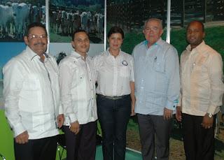 CEA presenta su proyecto Ganadero  en Expo Monte Plata 2013