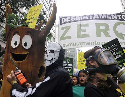 Políticas ambinentais contra o aquecimento global são perigosas, diz prof. do MIT