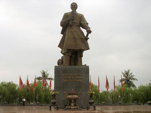 Nam Định - Cho thuê xe đi du lịch Nam Định