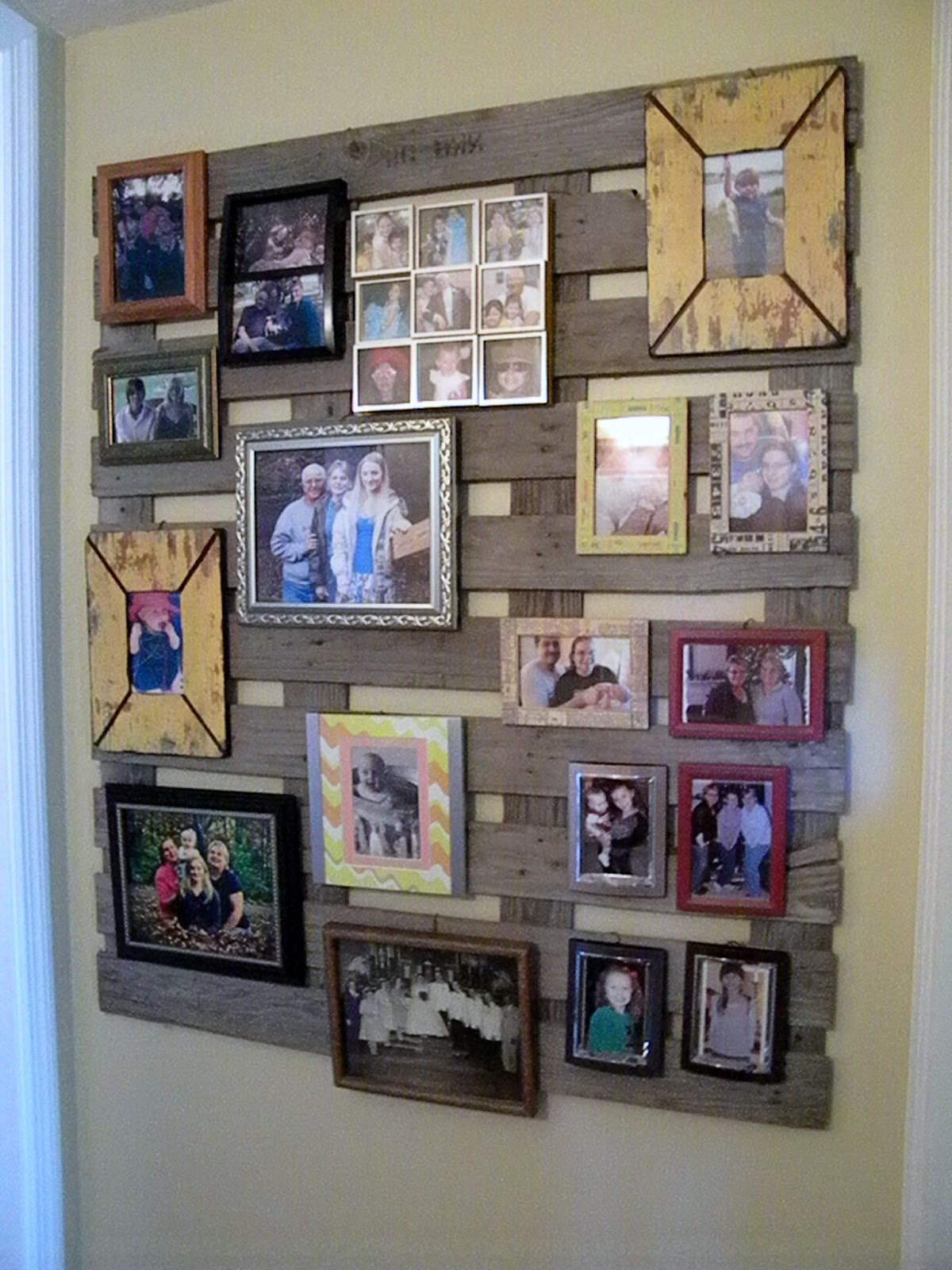 me and my crafties pallet wall decor
