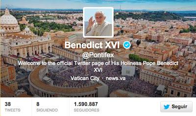 """(Ciudad del Vaticano, 28 de febrero. EFE) – Benedicto XVI escribió hoy su último tuit en su cuenta de Twitter, @pontifex, pocos minutos antes de abandonar el Vaticano, y esta quedará a disposición del futuro pontífice, por si desea continuar, informó el portavoz vaticano, Federico Lombardi. """"Gracias por vuestro amor y cercanía. Que experimentéis siempre la alegría de tener a Cristo como el centro de vuestra vida"""", señaló. Ayer, envió el penúltimo tuit, en el que exhortó a los fieles a sentir la alegría de ser cristianos. """"Quisiera que cada uno de vosotros experimentara la alegría de ser cristiano, de"""