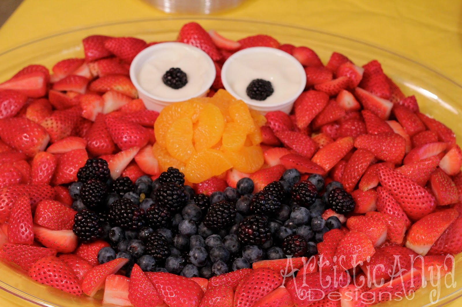 Elmo 1st birthday party ideas birthday party sesamestreet -  Elmo Party Ideas I Found While Pinning I Saw Several Fruit And Veggie Trays Made Of Sesame Street Characters I Knew For Sure That I Wanted To Make An