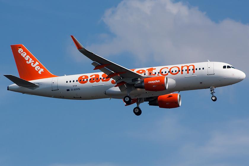 Desvían a Venecia un avión de EasyJet por indisposición del piloto