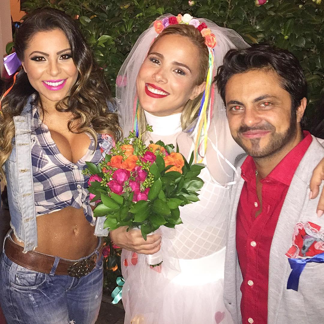 Thammy Miranda com Wanessa vestida de noiva e Andressa Ferreira na festa junina das revistas 'Quem' e 'Glamour' em São Paulo.