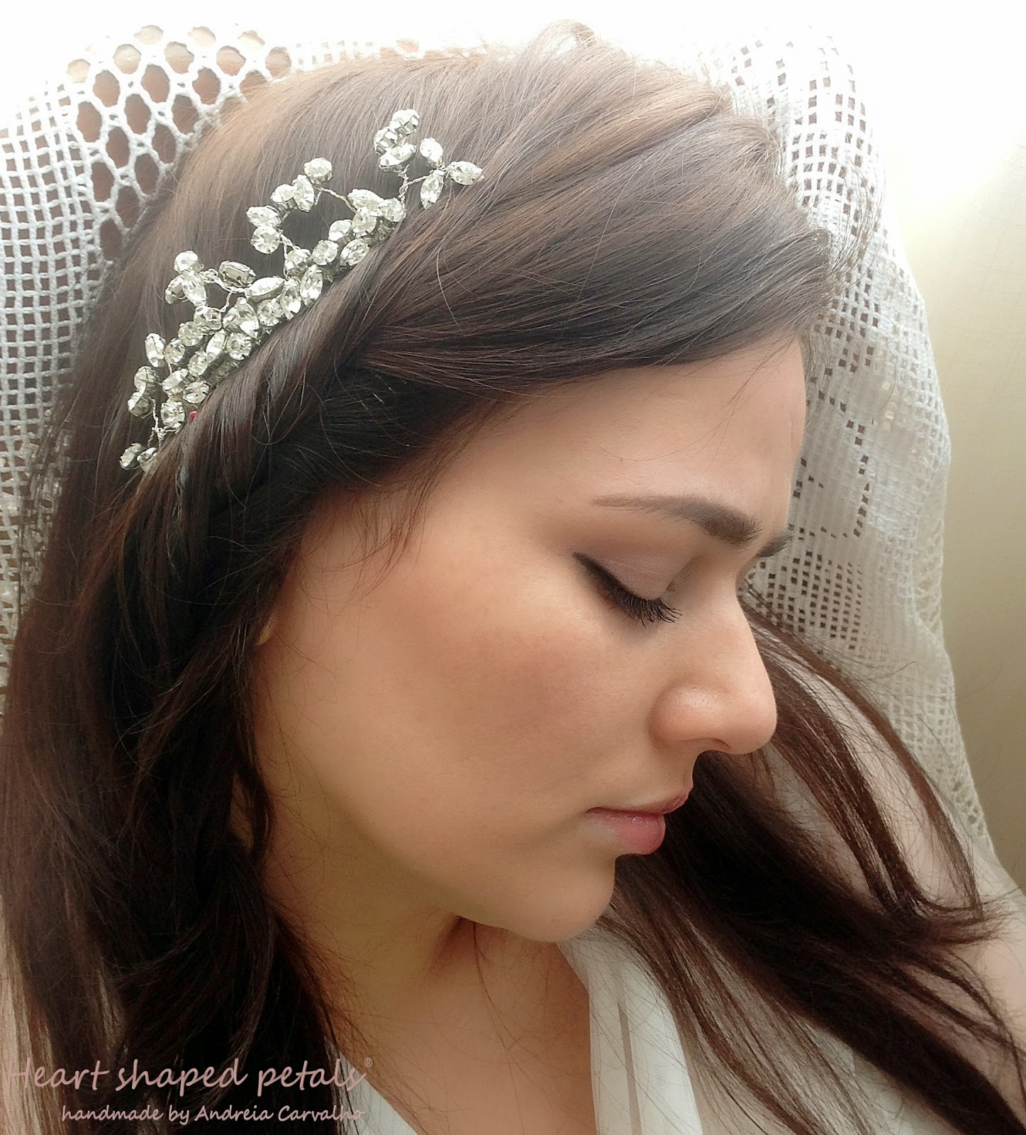 Bridal comb rhinestones