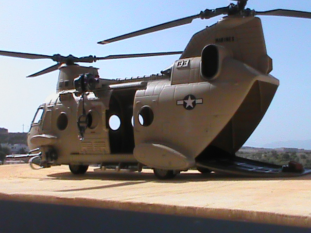 Playcustom helicopteros chinook for Helicoptero playmobil