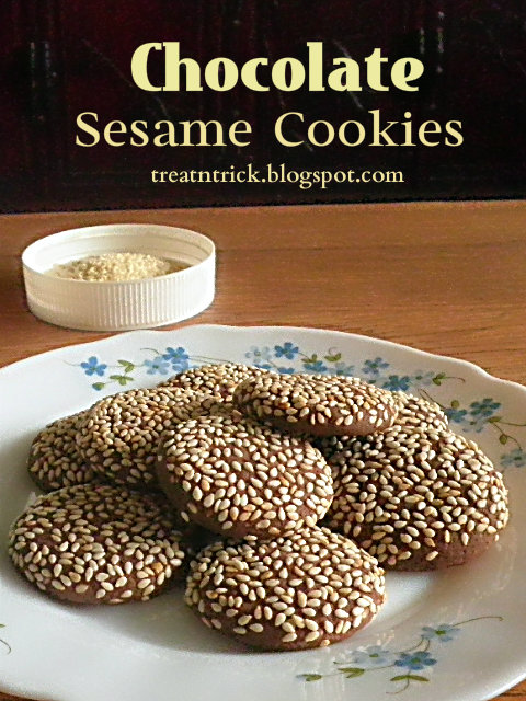 Chocolate Sesame Cookies Recipe @ treatntrick.blogspot.com