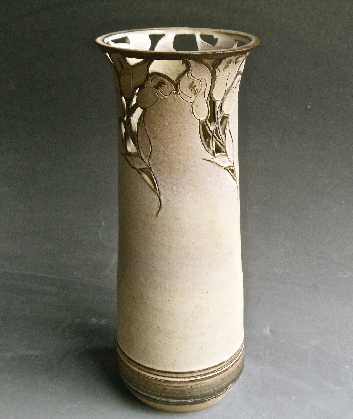 Julia (Munn) Livingston Pottery - ARCHIVED
