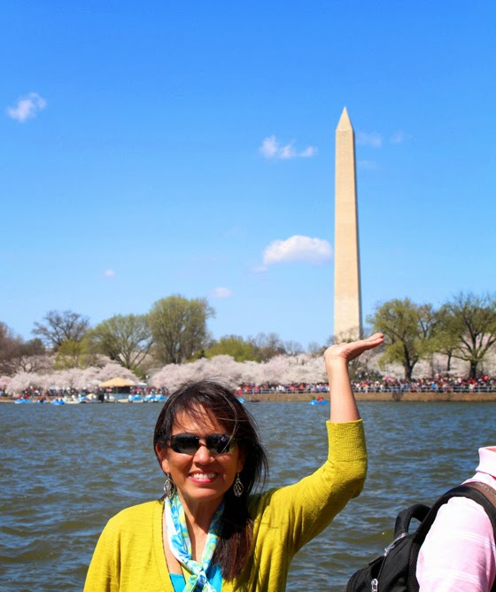 Fun photo- Looking as if holding the Washington Monument with one hand