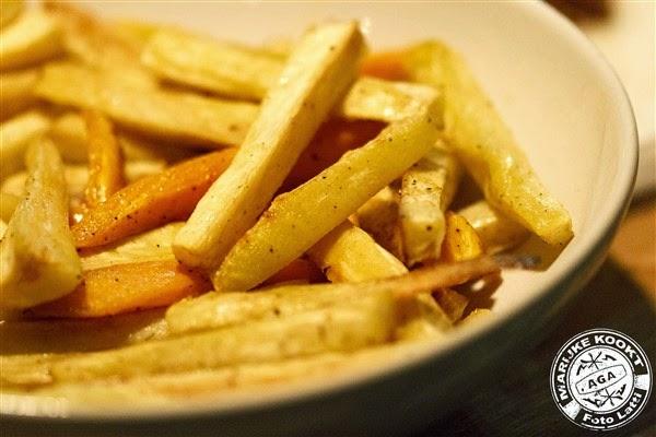 Ovenfrietjes van pastinaak en zoete aardappel