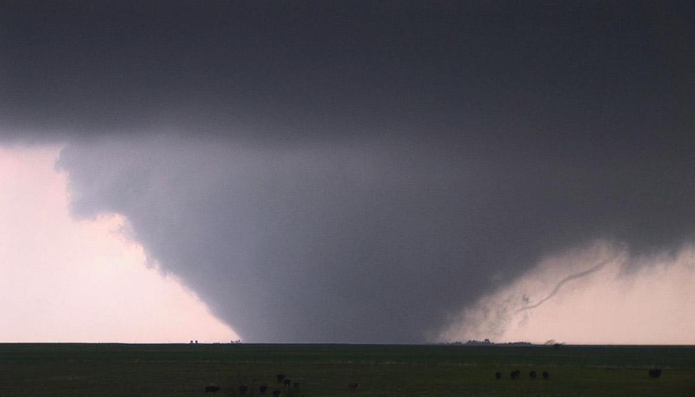 Wedge TornadoWedge Tornado