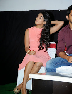 Actress Pooja Hegde Pictures in Short Dress at Oka Laila Kosam Prerelease Press Meet  29