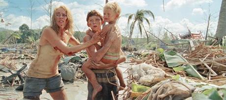 Naomi Watts y Tom Holland cargan con el peso del film