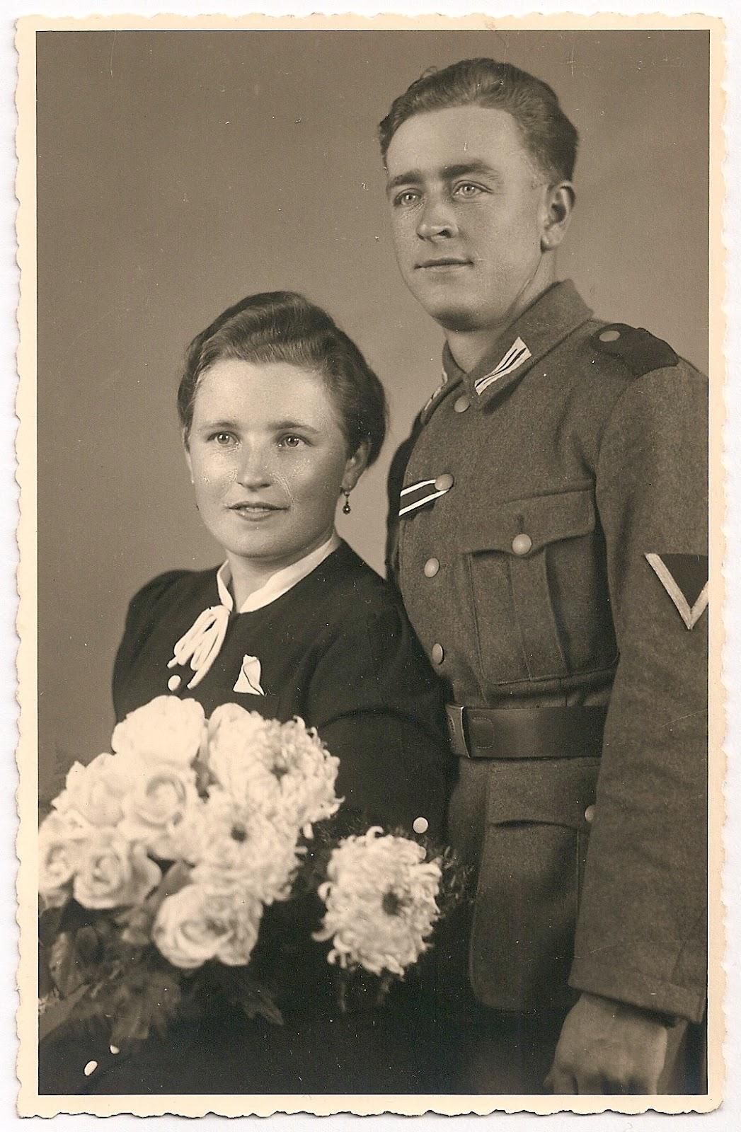 Archive bridegroom in uniform for Wibbo me