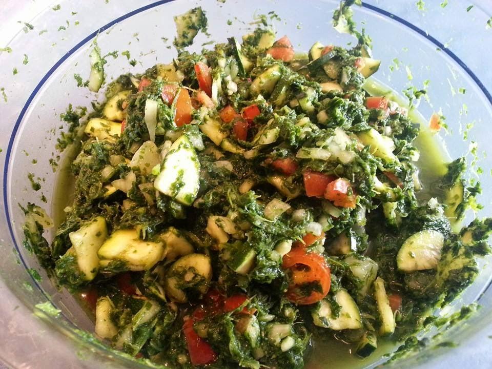 Lecker und kalorienarm kochen spinat zucchini salat for Kochen kalorienarm