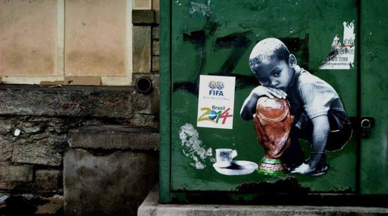 """""""Se necesita comida, no fútbol"""": Artistas brasileños del graffiti expresan su indignación por la Copa del Mundo"""