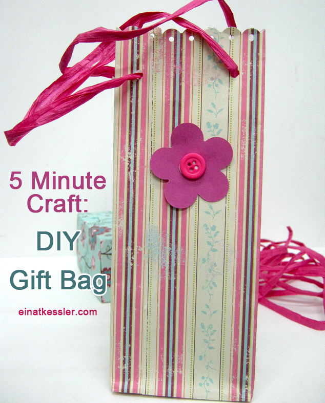 scrappin it 5 minute craft gift bag. Black Bedroom Furniture Sets. Home Design Ideas