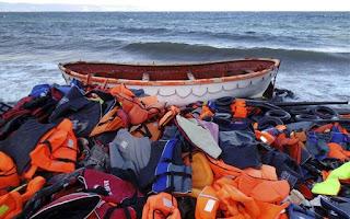 Casi 400 refugiados perdieron la vida