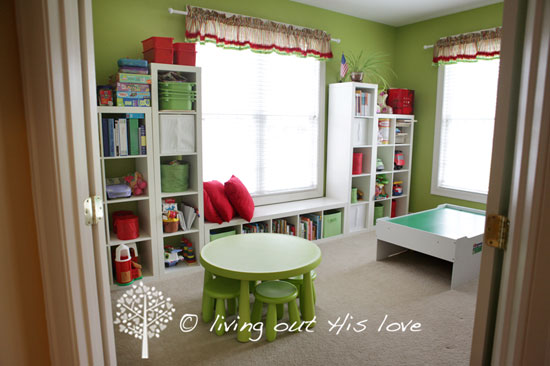 Iheart organizing reader space a loving place to learn for Home school room ideas