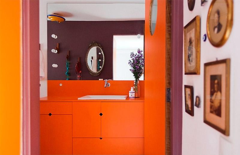 Tá pensando em fazer obra no banheiro? Vem ver aqui inspiração de lindos banheiros coloridos!
