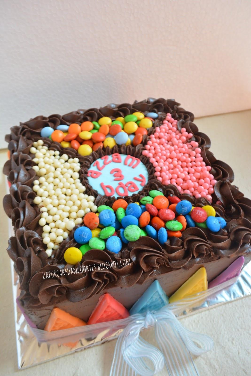 DAPUR CAKE DAN COOKIES COLORFULL CHOCOLATE BIRTHDAY CAKE FOR AZZAM