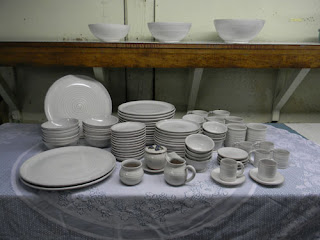 http://lowellhillpottery.com/shop/dinnerware-premium/