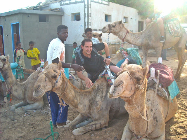 Viaje a Egipto: excursion al pueblo nubio y paseo en dromedario