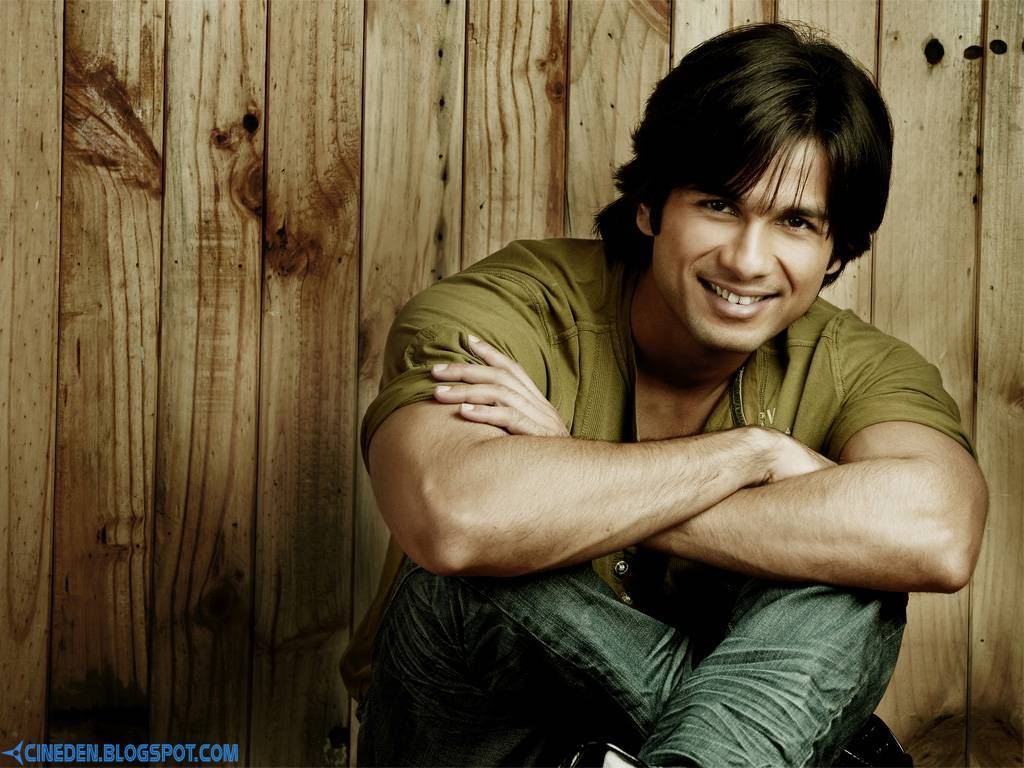 Shahid concerned about his pet's health
