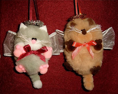 Cat angel pom poms 4