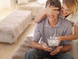 Какой подарок подарить любимому на Новый год 2012?