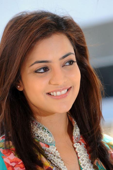 Nisha Agarwal Homley Look Stiils