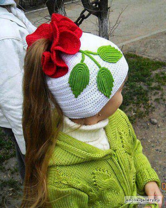 Free Crochet Pattern Ponytail Hat : Nino en Casa: Hermosos gorros para ninas tejidos a crochet
