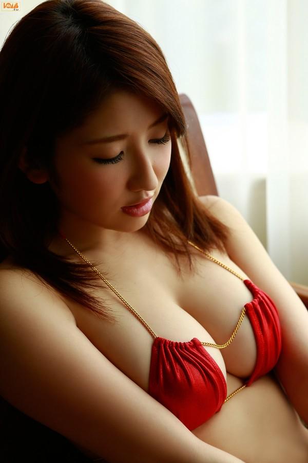 Ảnh gái đẹp HD Arisa Gravure Idol dễ sướng
