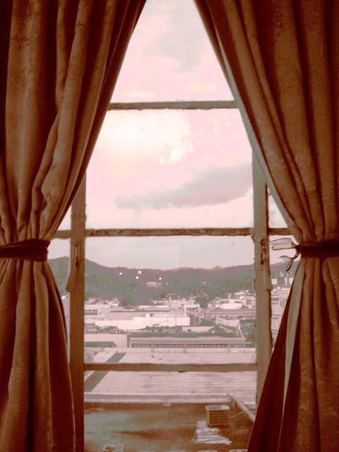 cassadhora: En 2013 quiero instalar ventanas en todas partes.