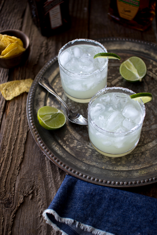 Flourishing Foodie: How to Make the Perfect Margarita on the Rocks