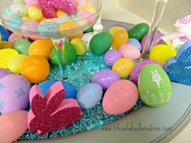 Easter decor, bunny rabbits, Easter eggs