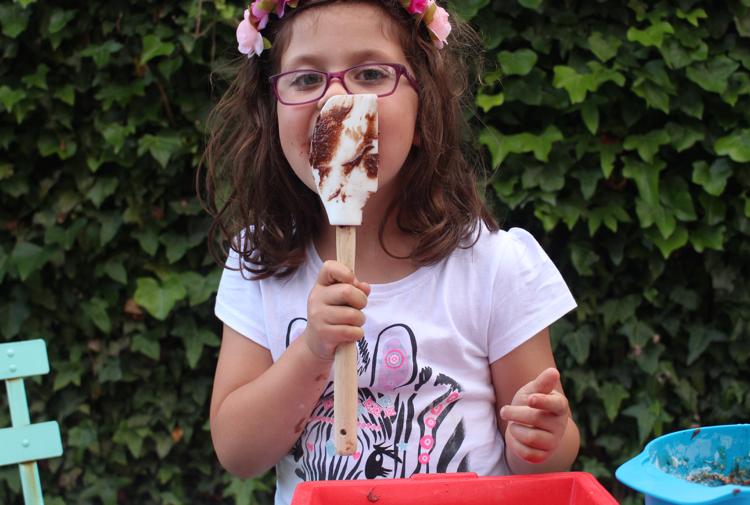 Receta Brownies de Nutella. 3 Ingredientes. (Vía www.soyunmix.com)