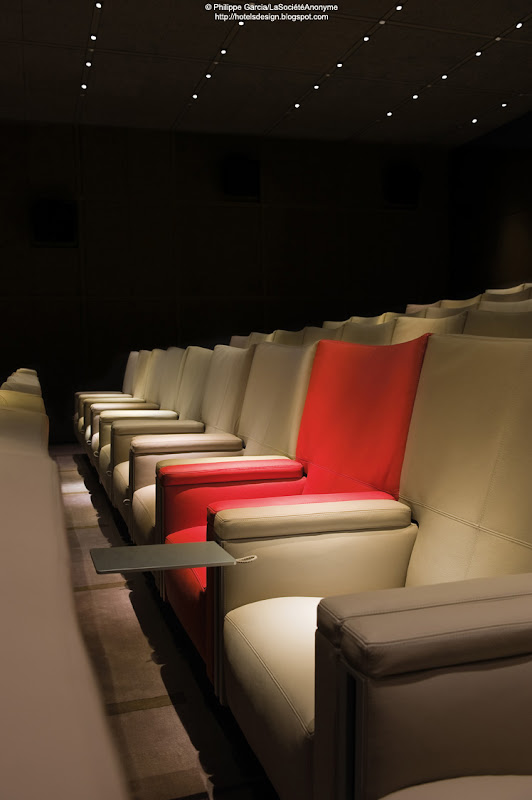 Les plus beaux hotels design du monde h tel le royal for Design hotel le cinema