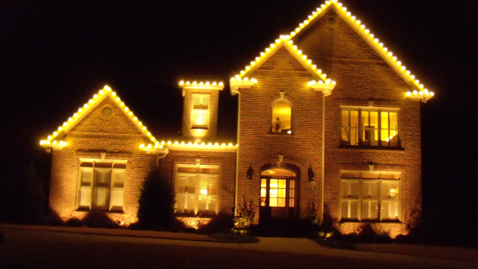 Indoor Outdoor LED Christmas Lighting Ideas | Light N Shine