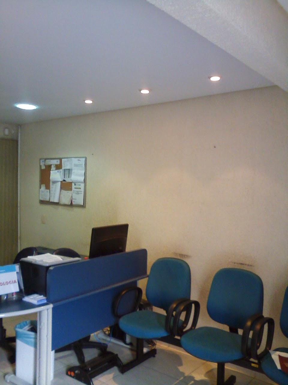 Carlos pintor desafio pintar sobre o papel de parede d for Papel de pared para pintar