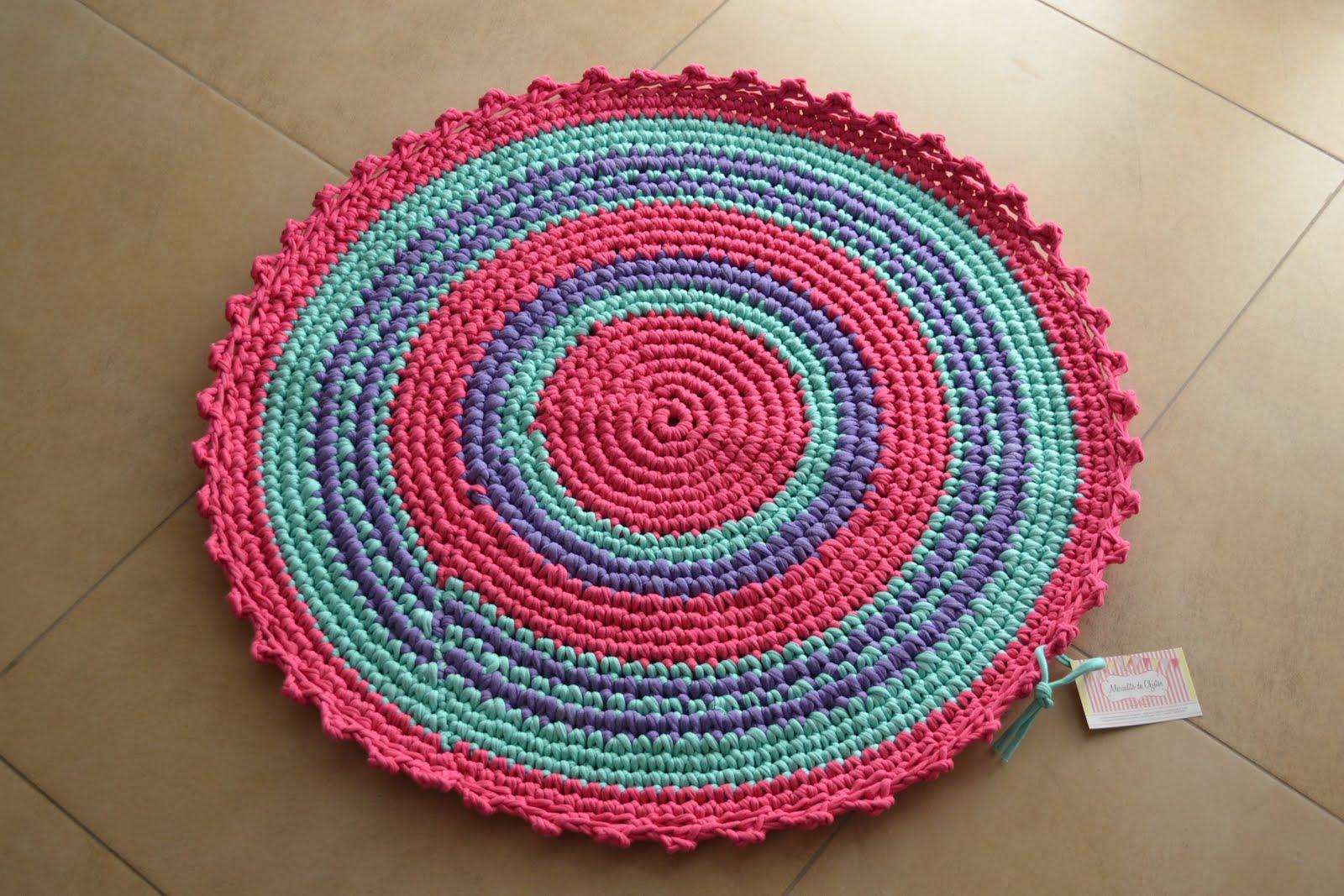 Mercadito de objetos alfombras tejidas al crochet for De que estan hechas las alfombras