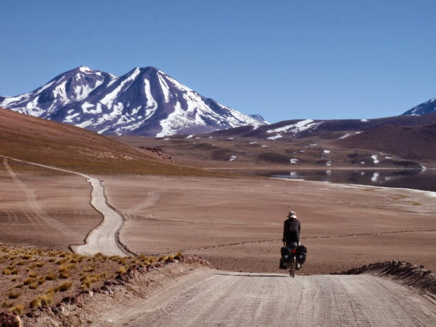 This+seems+like+cyclist+nirvana.+pedaling+slowly+across+the+Atacama+Plateau+in+Chile.+-+18+Amazing+Places+You+Should+Ride+Your+Bike+Before+You+Die.jpg