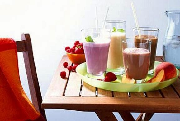 http://www.nhtips.com/2014/11/13-best-breakfast-smoothies-for-weight.html